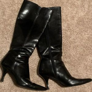 Soft, sexy pointy tip boots! Loved these boots.